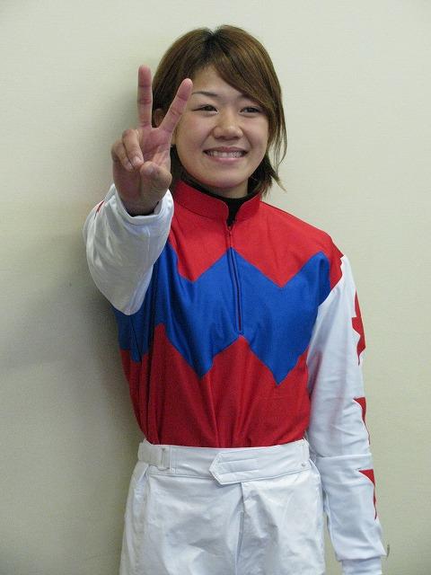 2008mai.jpg ~2009、水沢ラウンド~ 総合優勝:山本茜騎手(名古屋)  2011年